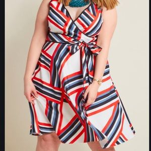Ensemble Advisor Striped Dress in XL